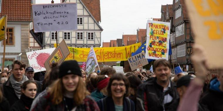 Eine Fridays-for-Future-Demo in Celle.