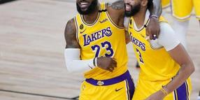 Superstars der NBA: LeBron James und Anthony Davis von den Los Angeles Lakers. Foto: Ashley Landis/Pool AP/dpa