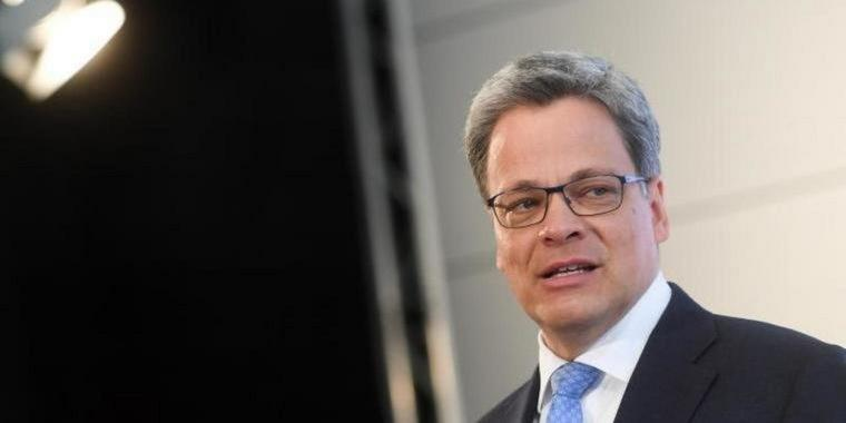 Seit Januar im Amt: Commerzbank-Chef Manfred Knof. Foto: picture alliance / Tobias Hase/dpa