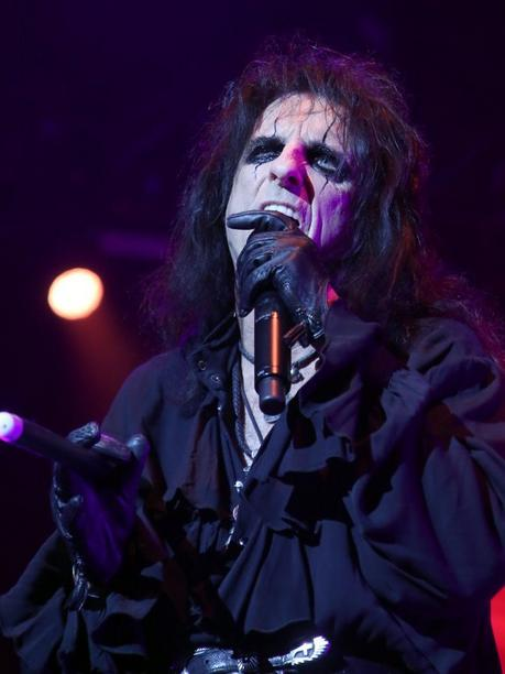 Rock meets Classic mit u.a. Alice Cooper am 20. März in der Messe