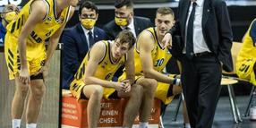 Alba Berlin hat das Topspiel in Oldenburg gewonnen.