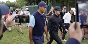 Tiger Woods und Rory McIlroy bei dem Show-Event in Japan.