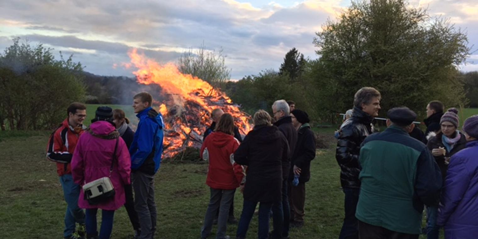 Osterfeuer in Ossenfeld