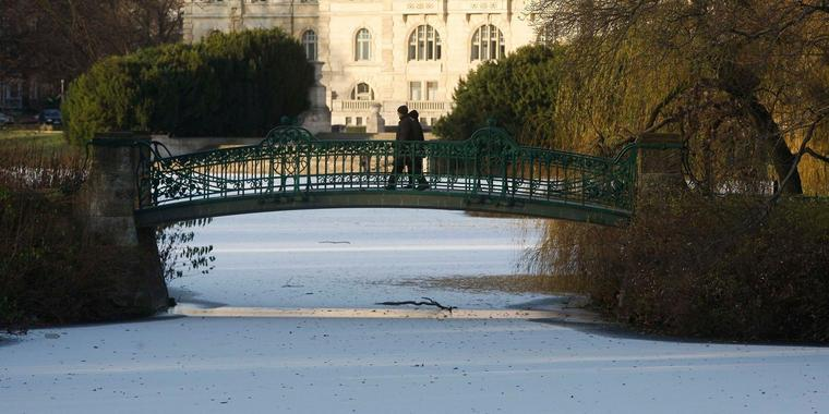 Winterspaziergang am Maschpark in Hannover.