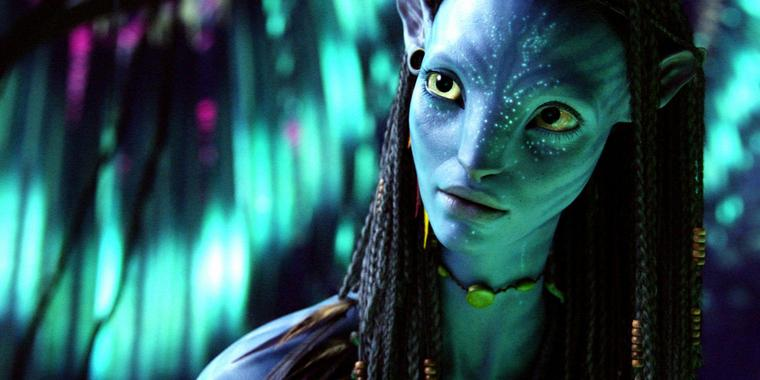 Blue Movie: Na'vi-Frau Neytiri wird intim.
