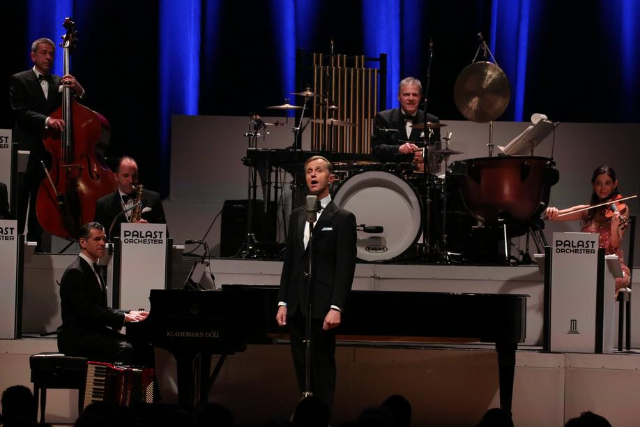 Max Raabe im Kuppelsaal in Hannover.