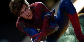 "Foto: Andrew Garfield überzeugt als Titelheld in ""The Amazing Spider-Man""."