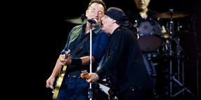 "Still the ""Boss"": Bruce Springsteen beim dänischen Rockfestival in Roskilde."
