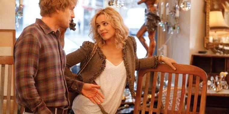 "Foto: Owen Wilson und Rachel McAdams in der Woody-Allen-Komödie ""Midnight in Paris""."