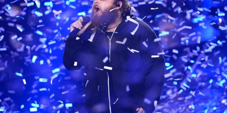 "Foto: ""Rocket Man"" Andreas Kümmert beim Finale der Castingshow ""The Voice Of Germany""."