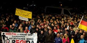"Foto: ""Pegida""-Demonstration in Dresden:"