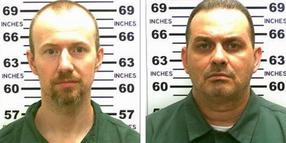 Foto: David Sweat (l.) und Richard Matt (r).