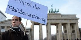 In Berlin hatten Demonstranten zum International Day of Privacy gegen die Vorratsdatenspeicherung demonstriert.