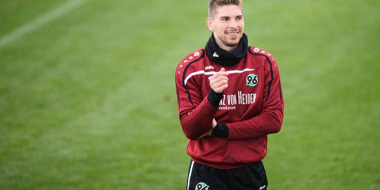 Ron-Robert Zieler im 96-Trainingslager in Belek.