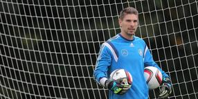 96-Keeper Ron-Robert Zieler.
