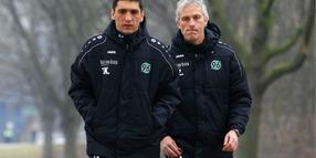 Tayfun Korkut (links) und Co-Trainer Xaver Zembrod.