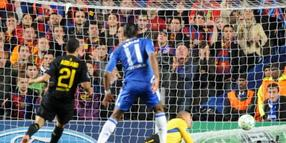 Chelsea's Didier Drogba beim 1:0.