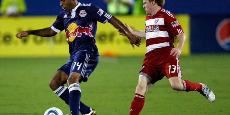 Thierry Henry (l.) im Trikot der New York Red Bulls.