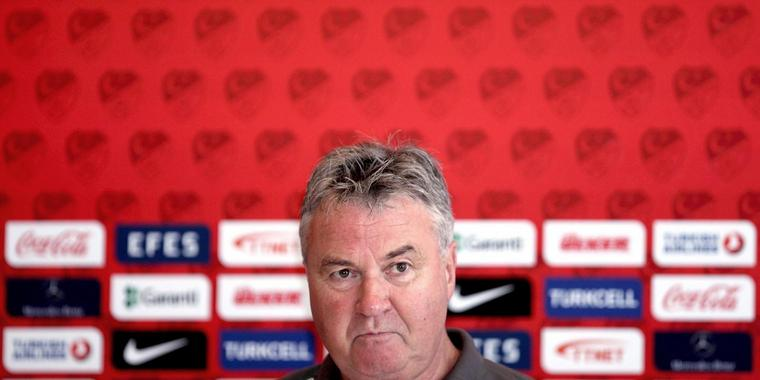 Foto: der türkische Nationaltrainer Guus Hiddink
