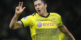 Robert Lewandowski will den Pokal.