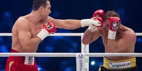 Wladimir Klitschko hat Francesco Pianeta durch K.o. besiegt.