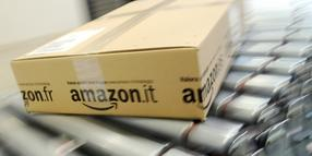 Foto: Amazon testet Paket-Stationen an Shell-Tankstellen.