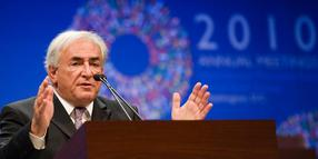 Warnt vor einer Eskalation des Währungsstreits und einem Rückfall in nationale Alleingänge gewarnt: IWF-Chef Dominique Strauss-Kahn.