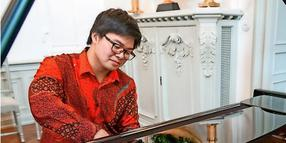 Pianist Alvin Song spielt bei der Kultur-Matinee in Oldenburg.