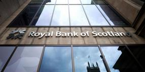 Die Filiale der Royal Bank of Scotland in der Princes Street in Edinburgh.