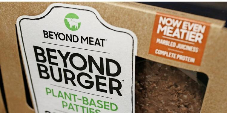 Die fleischlosen Burger Patties von Beyond Meat.