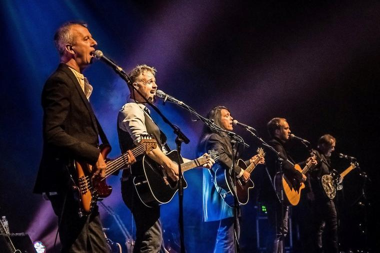 Die Band Ultimate Eagles – am Freitag in Neuruppin