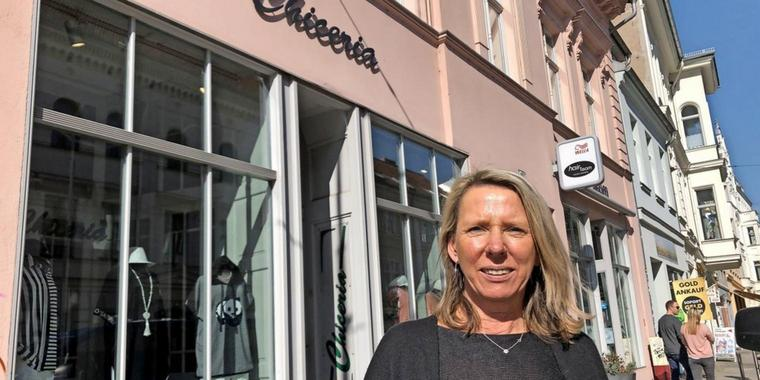 Drohende Corona-Pause in den Geschäften: Susan Walther ist Inhaberin der Boutique Chiceria in der Steinstraße in Brandenburg an der Havel. Sie hat Existenzängste.