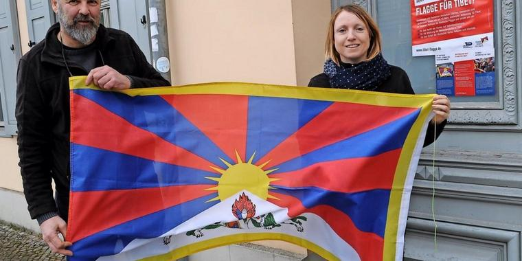 Tibet-Initiative Potsdam: Horst Furtner und Gerit Dieter.