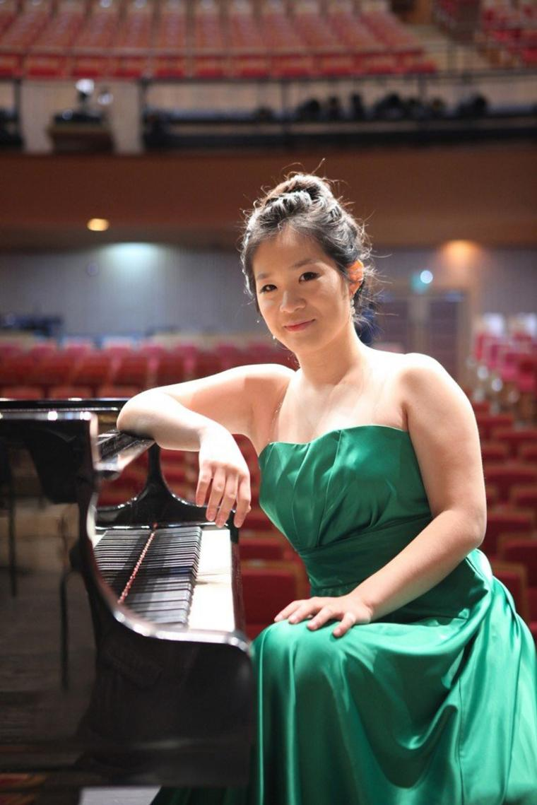 Pianistin Ju Hyeon Lee