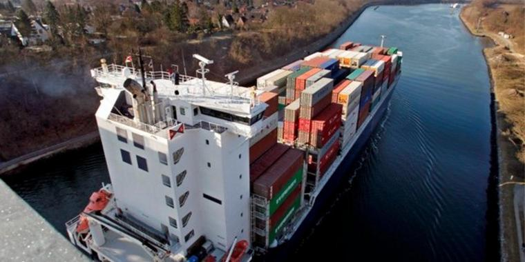 Nord-Ostsee-Kanal Containerschiff pae