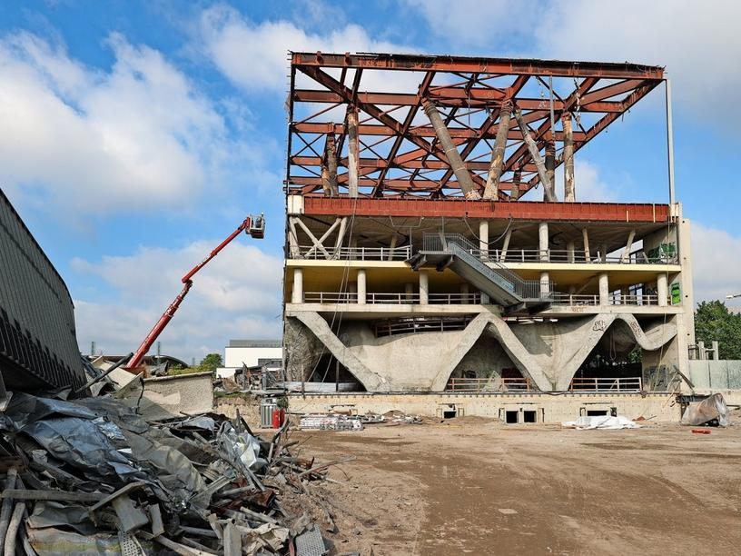 Hannover, Expo-Gelände in Hannover: Holland-Pavillon wird umgebaut, Foto: Rainer Droese