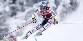 Alexis Pinturault beim Riesenslalom in Lenzerheide in Aktion.