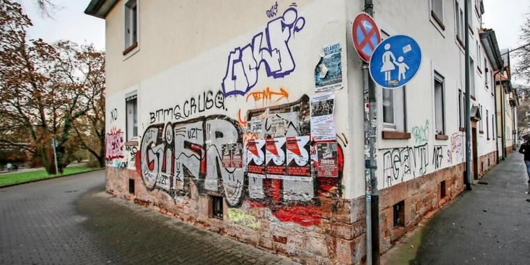 Graffiti in der Wolffstraße in Marburg.