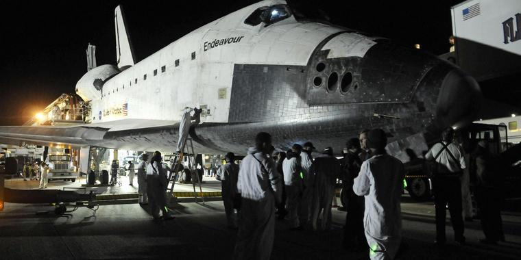 US-Shuttle Endeavour ist in Cape Canaveral gelandet.