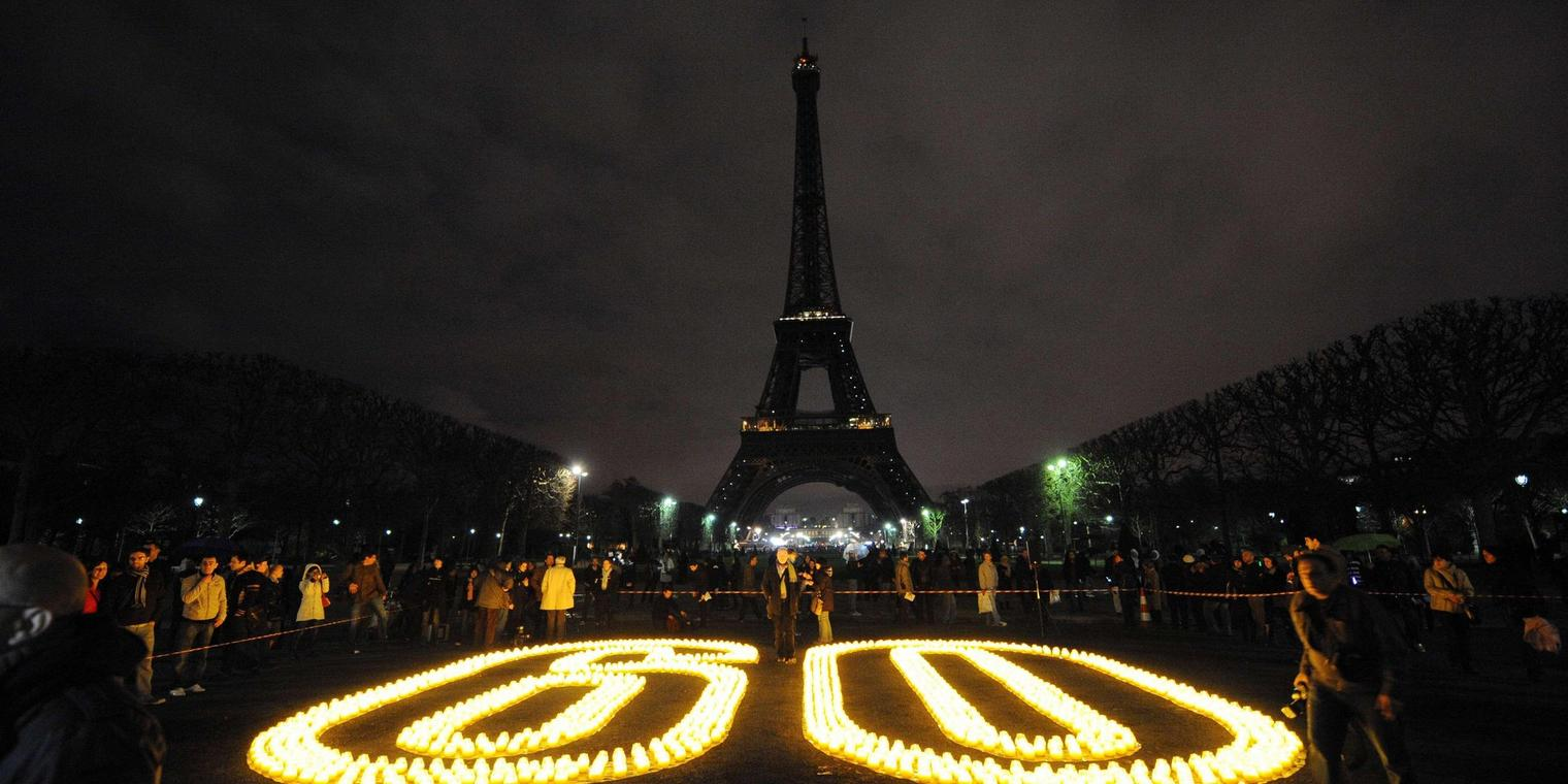 "Die ""Earth Hour"" in Paris."