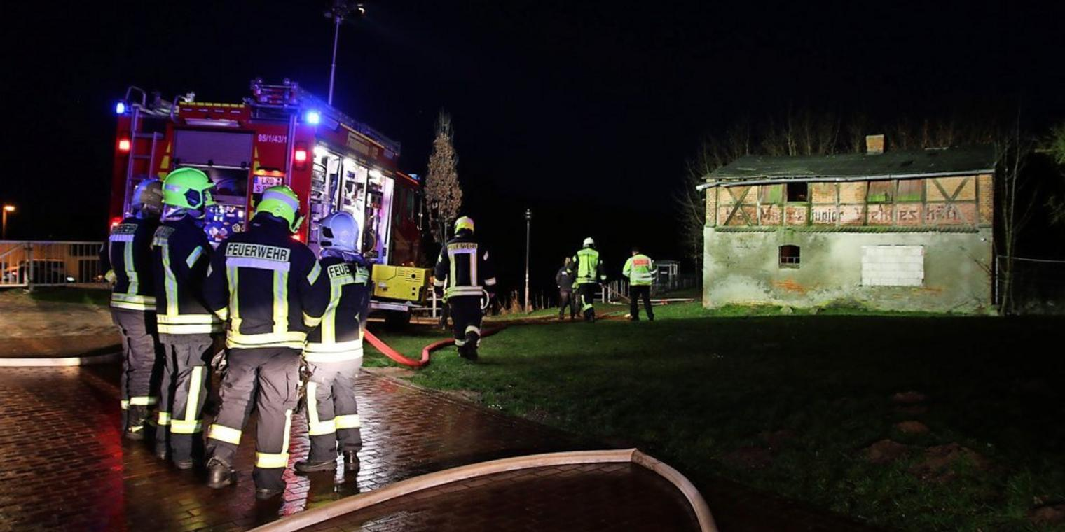 Brandstiftung in alter Viehfabrik in Schwaan.