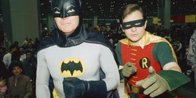 Adam West als Batman und Burt Ward als Robin 1989 in Chicago.