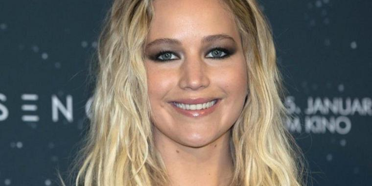 """Jennifer Lawrence beim Photocall des Films """"The Passengers"""" 2016 in Berlin."""