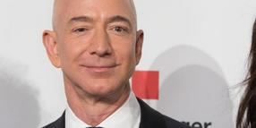 Amazon-Chef Jeff Bezos in Berlin bei der Verleihung des Axel Springer Awards.
