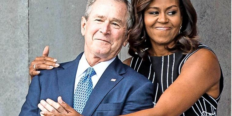 Inniger Moment: George W. Bush und Michelle Obama