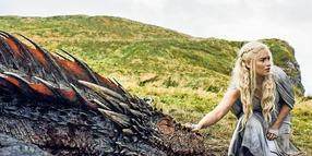 "Emilia Clarke spielt in der Serie ""Game of Thrones"" Daenerys Targaryen."