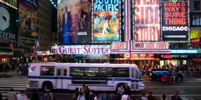Beleuchtete Musical-Plakate am Times Square. (Archivfoto)