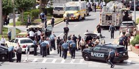 June 28, 2018 - Annapolis, Maryland, U.S. - The scene outside 888 Bestgate, where an active shooter was in the Capital Gazette Newspaper office and newsroom, with heavy police, fire, and rescue presence. Five people are dead and several others were gravely wounded in a shooting at the Capital Gazette in Annapolis. Annapolis U.S. PUBLICATIONxINxGERxSUIxAUTxONLY - ZUMAm67_ 20180628_zaf_m67_029 Copyright: xJoshuaxMckerrowx
