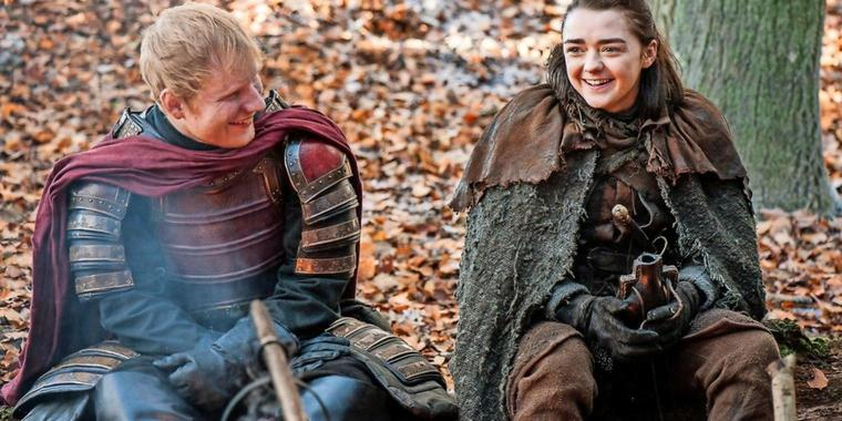 Eher Little Hobbit als Game of Thrones: Ed Sheeran, hier mit Maisie Williams.