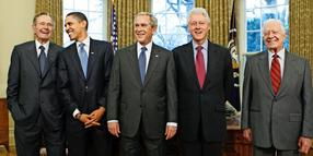 Vereint (von links): George H. W. Bush, Barack Obama, George W. Bush, Bill Clinton und Jimmy Carter.